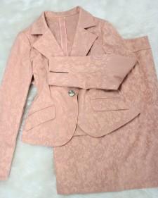 春向けに♪ピンクベージュ柄スカートスーツ/<br />For spring, it is a pink beige pattern skirt suit.