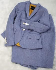 白×水色スカートスーツ/<br />White × light blue skirt suit
