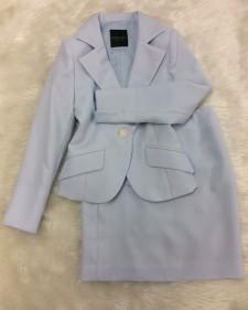 ライトブルースカートスーツ/<br />Light blue skirt suit