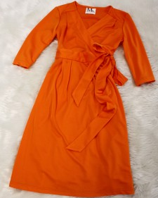 オレンジラップドレス/<br /> Orange wrap dress