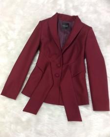 赤タッセル付ジャケット/<br />Jacket with red tassel
