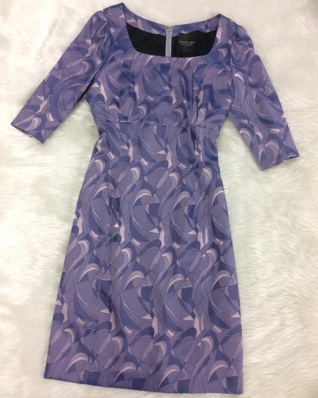 パープル柄ワンピース/<br />Purple pattern one-piece dress
