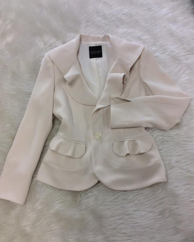 アイボリーフレアラペルジャケット/<br /> Ivory Flare Lapel Jacket