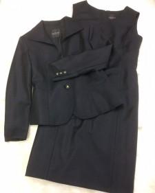 紺柄ワンピーススーツ/<br />Navy blue one-piece suit