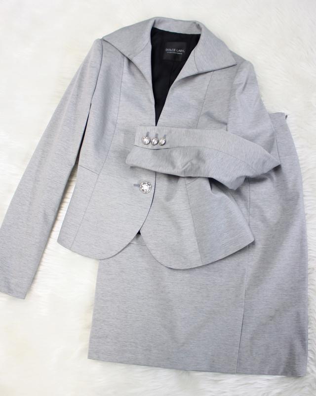 グレースカートスーツ/<br />Gray skirt suit
