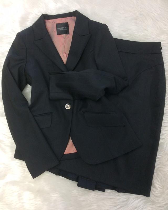 黒太ストライプスカートスーツ/<br />Black stripe skirt suit