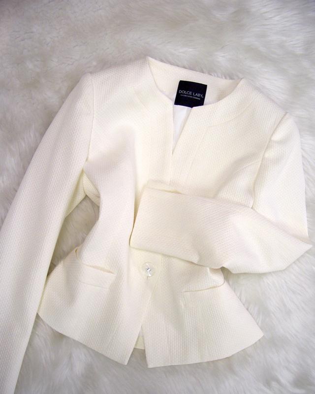 白柄ジャケット/<br />White pattern jacket