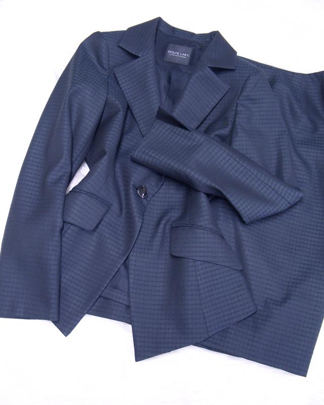グレー柄スカートスーツ/<br /> Gray pattern skirt suit