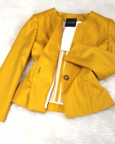 やまぶき色ノーカラージャケット/<br />Bright yellow Collarless jacket