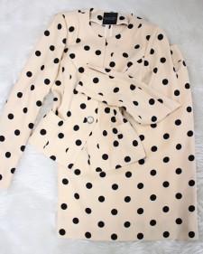 ベージュ×黒ドットスカートスーツ/<br />Beige x black dot skirt suit