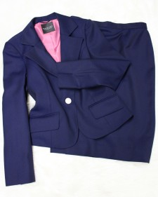 紺柄スカートスーツ/<br />Navy blue skirt suit