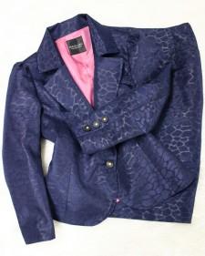 紺柄スカートスーツ/<br>Navy blue skirt suit