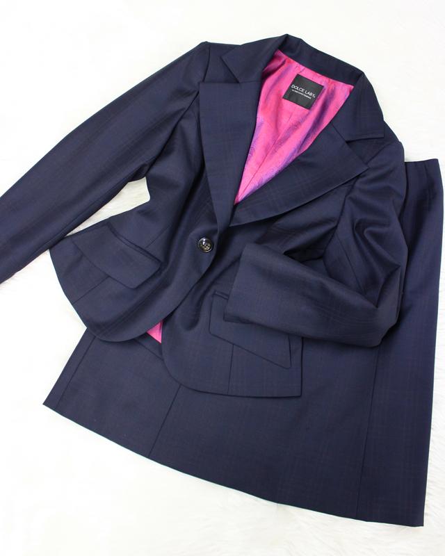紺×ピンク格子スカートスーツ/<br />Navy blue x pink lattice skirt suit