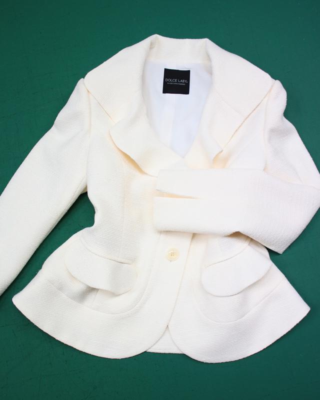 白ツイードジャケット/<br />White tweed jacket